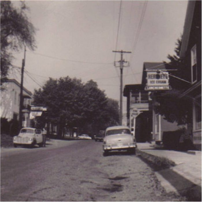 6. Main Street, Darlington in the 1950s.