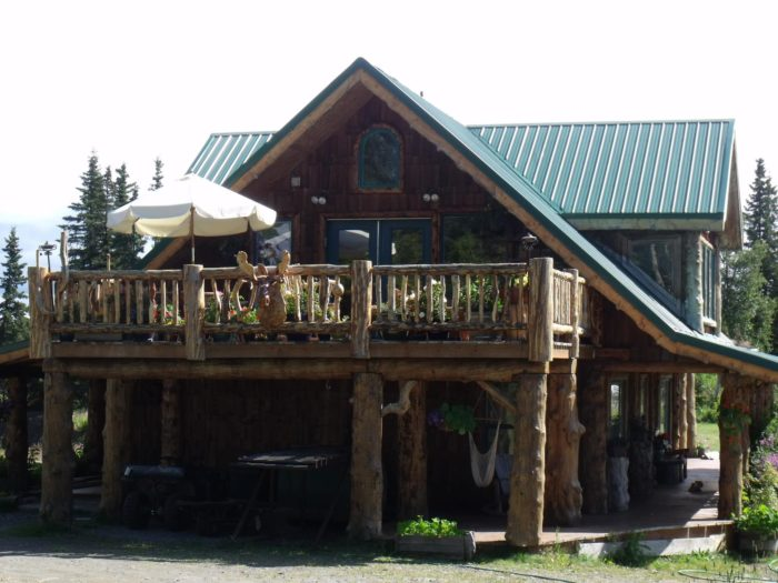15. Hungry Moose Bed & Breakfast - Kasilof