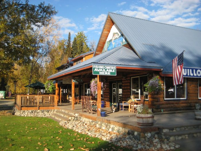 4. Willow Creek Resort – Willow