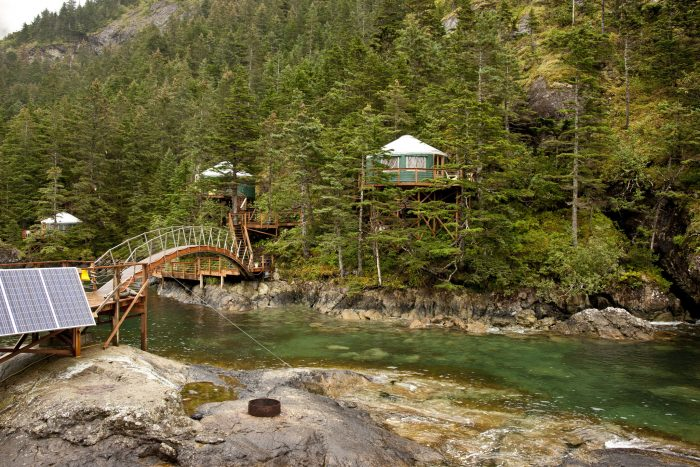 4. Living off the grid is the true American dream in Alaska.