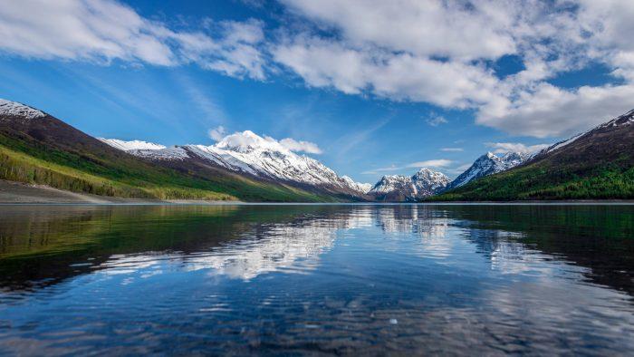 15 Beautiful Lakes In Alaska To Visit This Summer