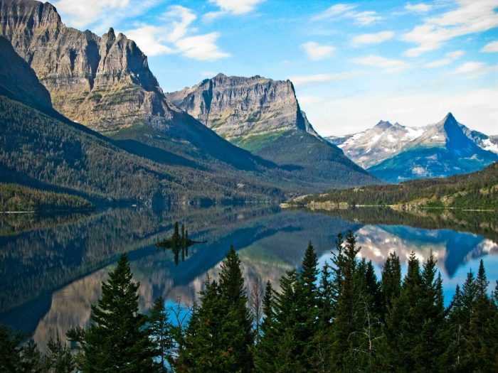 10. You get anxious at the thought of leaving Montana, even for a tropical destination or somewhere amazing.
