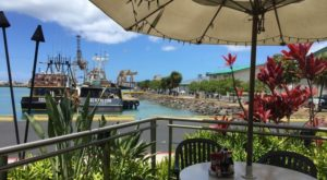 15 Incredible Waterfront Restaurants Everyone In Hawaii Must Visit
