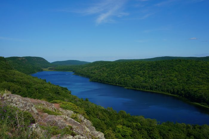 7. Lake of the Clouds