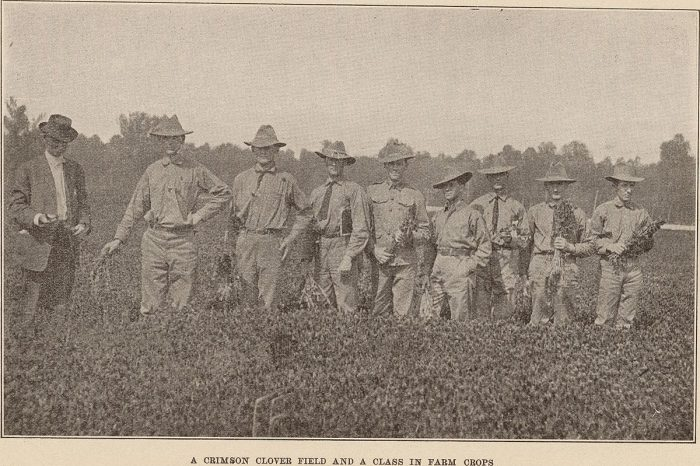 12. A class at the Maryland Agricultural College. Photo taken in 1907.