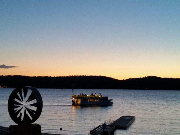 9. Enjoy a sunset dinner cruise.