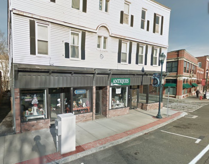 8. Laurel City Coins & Antiques (Winsted)