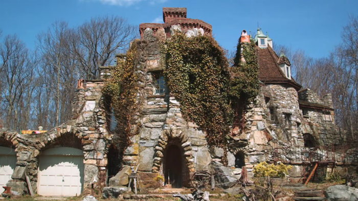 With roughly 80% of this castle being made from recycled materials, the unique structure fits right in with the surrounding small town charm and wonderful local history.