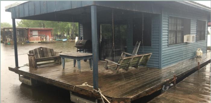 10) Houseboat Adventures, 1399 Henderson Levee Rd., Breaux Bridge