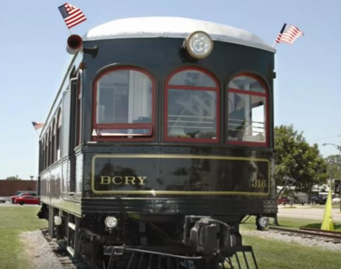 2. Bay Creek Railway