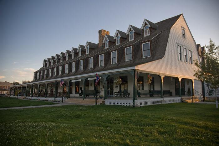 6. Sheridan Inn
