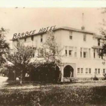 3. The Barbee Hotel - Warsaw