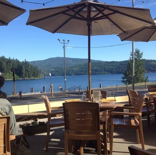 9 Beautiful Waterfront Restaurants In Idaho