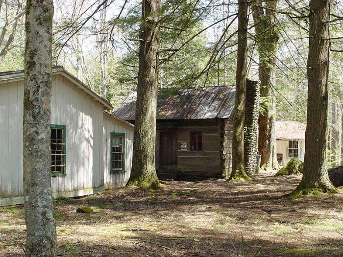 Trentham Log Cabin
