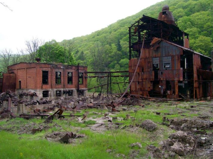 5. West Virginia Pulp and Paper Mill, Cass