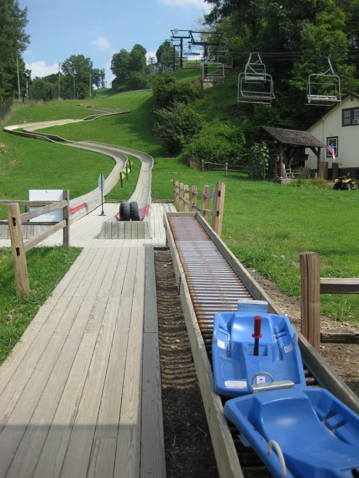 5. There is a slide you can go down that is over 2000 feet long and has views of the Mississippi River.