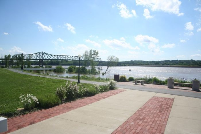 5. You'll get some pretty premium views of the Mississippi from the riverfront.