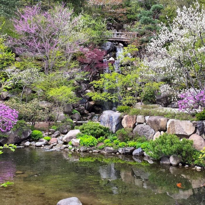 Japanese Inspired Garden In Grant Park: 11 Of The Most Beautiful Natural Wonders In Illinois