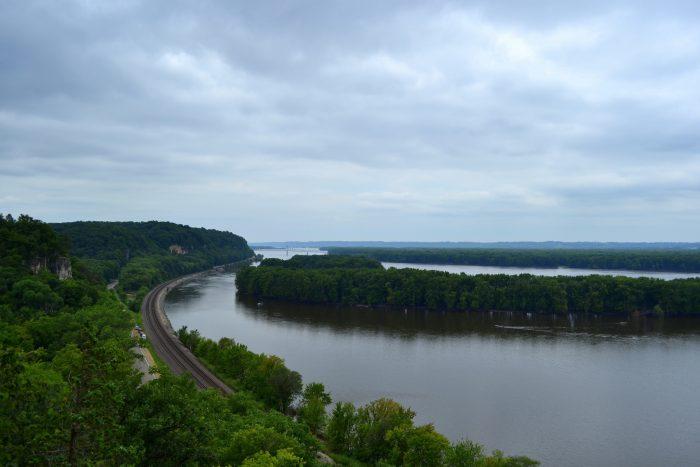 1. Mississippi Palisades State Park (Savanna)