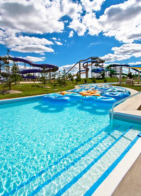5. Raging Waves Waterpark