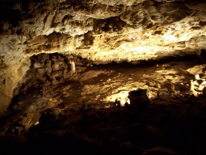 4. Kickapoo Indian Caverns (Wauzeka)