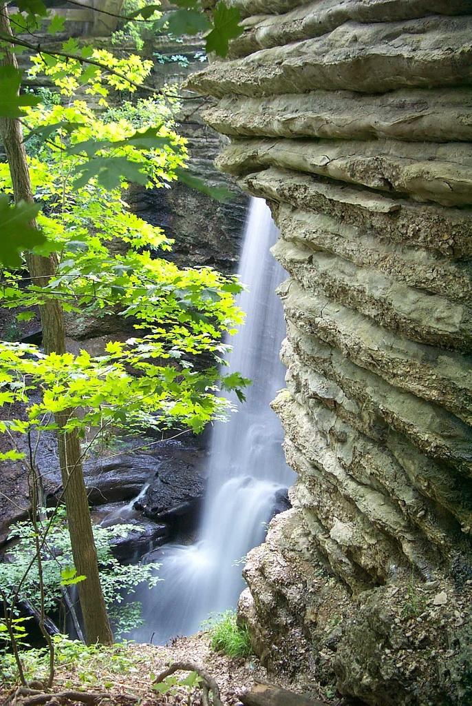 10. Matthiessen State Park (Norh Utica)