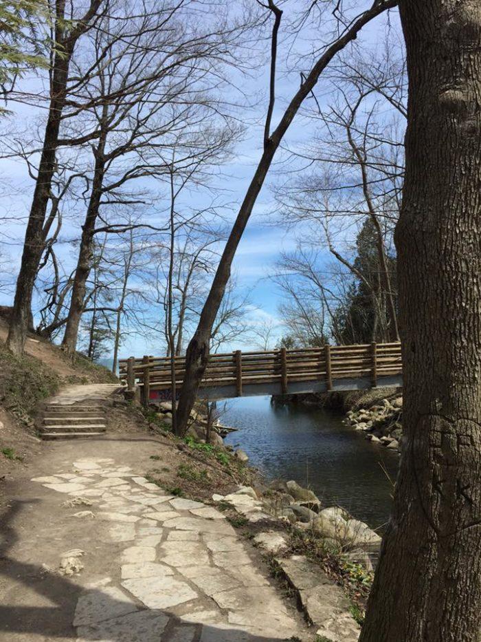 2. Seven Bridges Trail