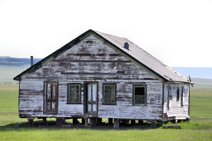 3. This house looks like it has legs and as if it's poised to scuttle away from its current location in Capulin.