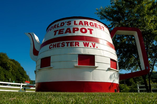 2. Chester Tea Pot
