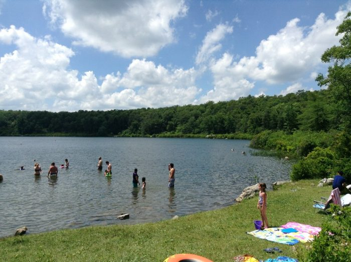12 beautiful new jersey lakes to visit this summer for Fishing lakes in nj