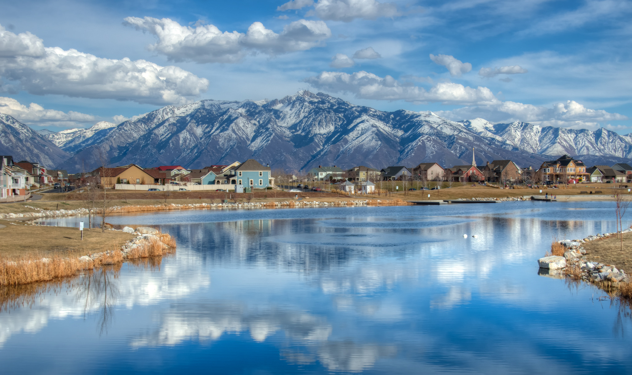 8 Utah Lake Towns To V...