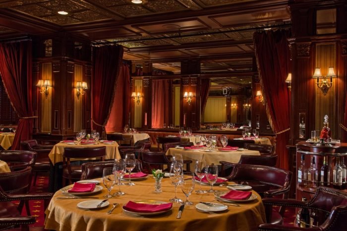 The dining is incredible as well. The hotel's two restaurants and bar are all Zagat rated and offer some of the best American cuisine around.