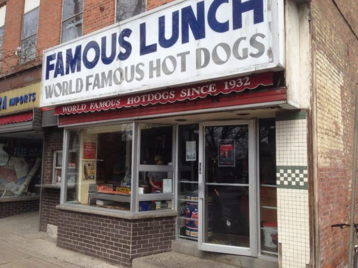 4. Famous Lunch, Troy