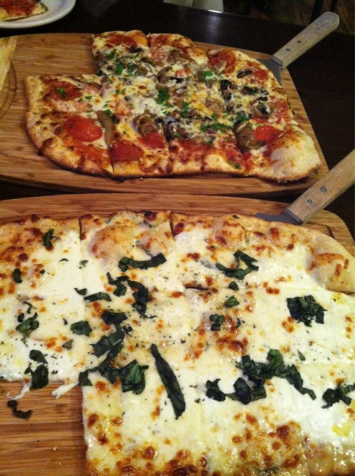 foreground-white-pizza