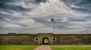 The Remnants Of This Abandoned Fort In South Carolina Are Hauntingly Beautiful