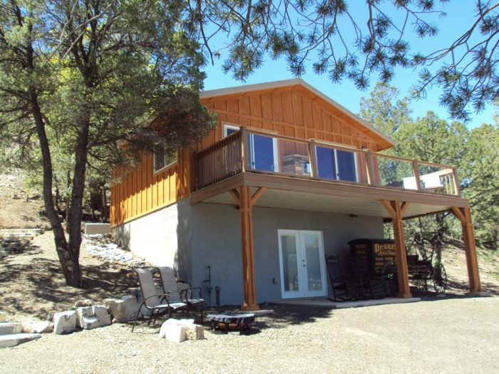 4. Georgetown Cabins Resort, Silver City