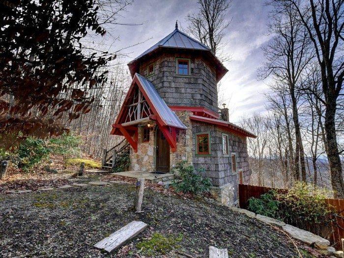 10 unique cabin rentals in north carolina for Unique cabins