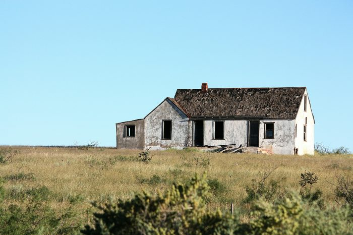 17. This house is located in Kenna, near Portales. The town was once a key shipping point for cattle.