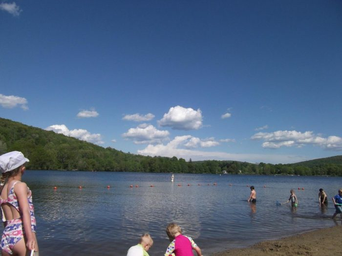 6. Lake Waramaug (New Preston)