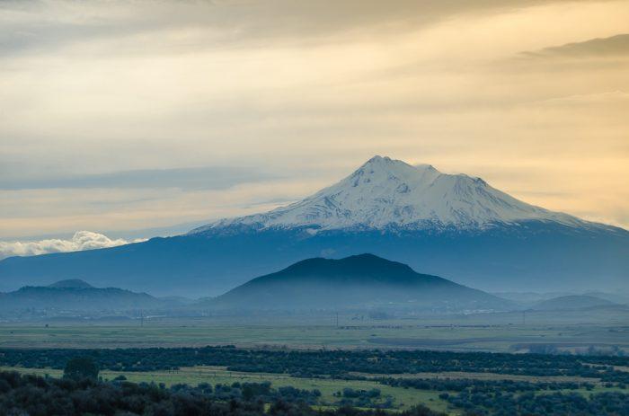 3. Mount Shasta