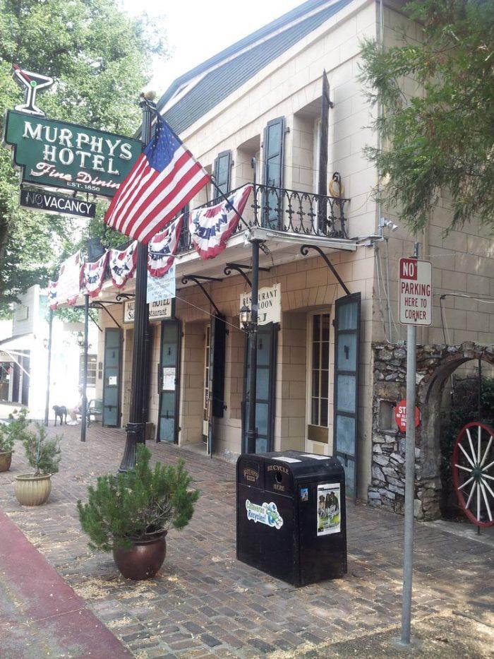 5. Murphys HIstorical Hotel, Murphys