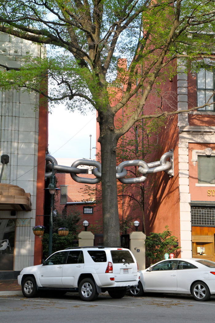 4. Pay a visit to the world's only two buildings forever linked by a chain. You'll find this odd attraction at 1500 Main Street in Columbia.