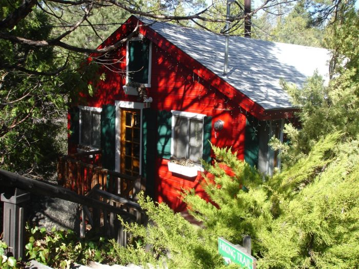 9. Strawberry Creek Bunkhouses and Cabins in Idyllwild