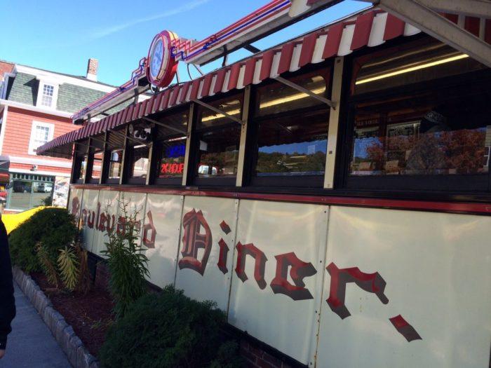 2. Boulevard Diner, Worchester