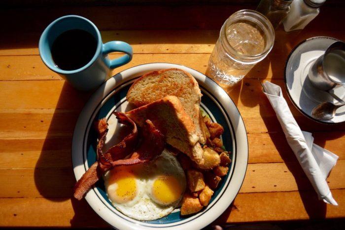 8. Lone Pine Cafe, Baker City