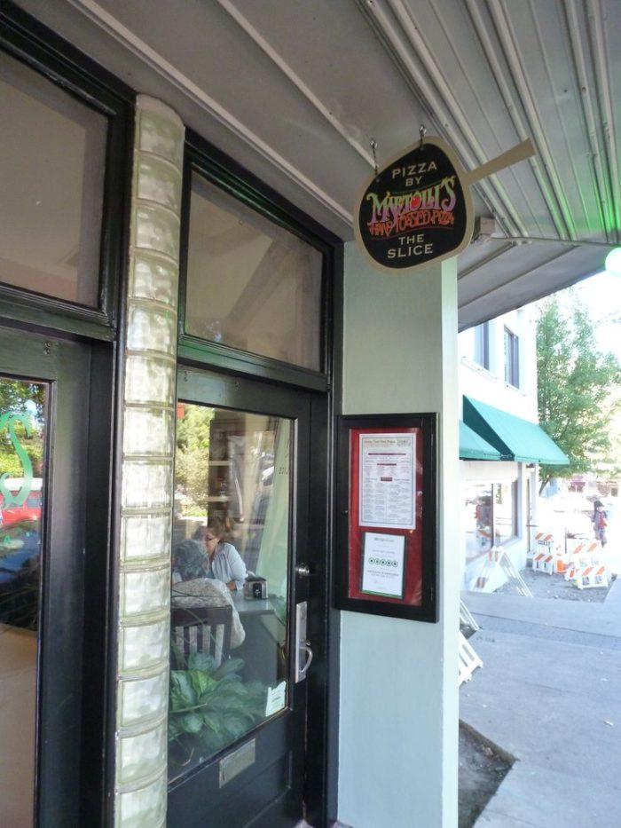5. Martolli's Hand Tossed Pizza, Ashland