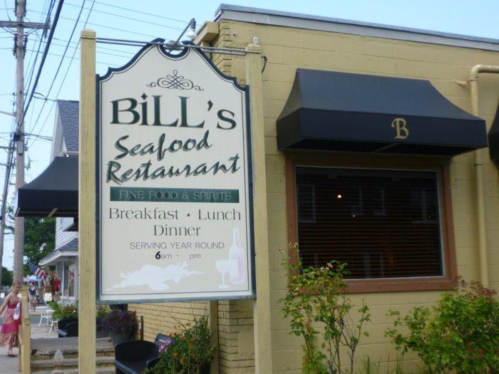 8. Bill's Seafood Restaurant (Chincoteague)