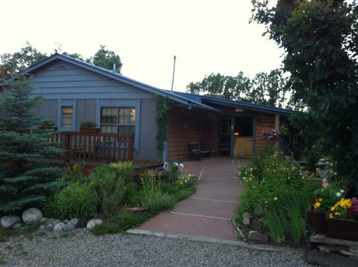 7. Country Sunshine Bed and Breakfast