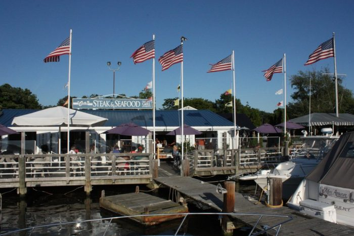 5. The Oar Steak & Seafood Grill, Patchogue