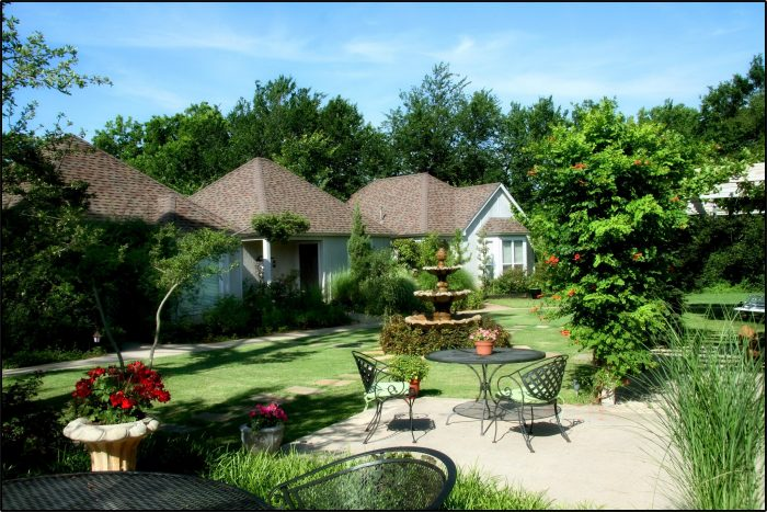 3. Lindley House Garden Cottages, Duncan